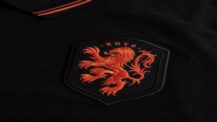 Nieuwe tenues voor Nederlands elftal   Bestel z...