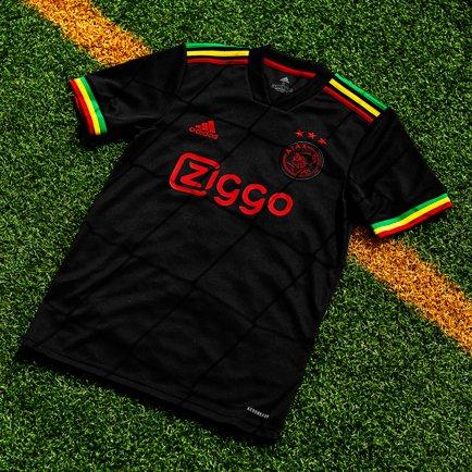 Ajax 3e shirt 2021/22   Bob Marley ontmoet Ajax