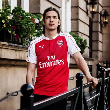 PUMA og Arsenal præsenterer ny stilren hjemmeba...