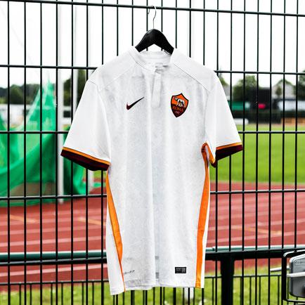 Nike hylder Rom i AS Roma's nye udebanetrøje