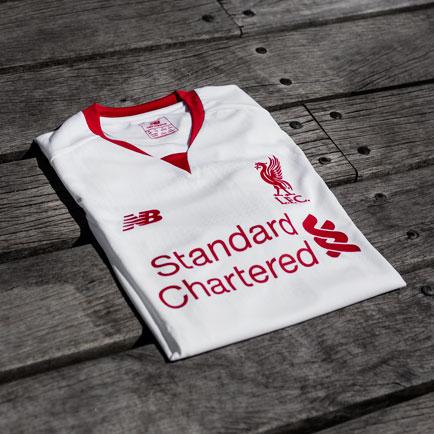Liverpool klar til ny sæson med simpel og stilr...