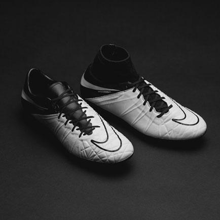 Nike Hypervenom Tech Craft: Dødelig angrep og k...