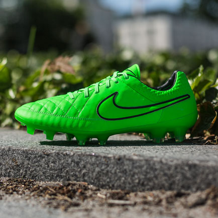 Nike Tiempo Legend Green Strike: Legenden gør d...