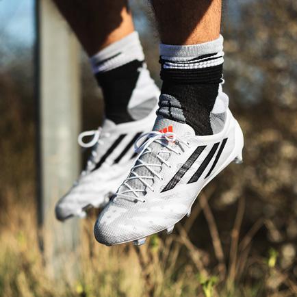 Adidas gør dig vægtløs: Det her er adizero 99g...