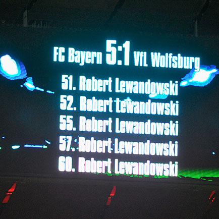 Top 5 - Geweldige prestaties in de voetbalgesch...