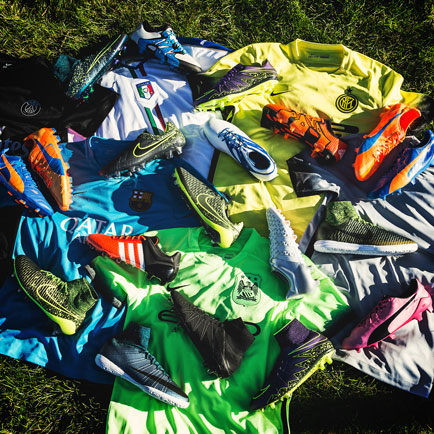 De afgelopen maand: De beste voetbalgear van se...